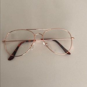 Urban Outfitters Accessories - Gold frame glasses
